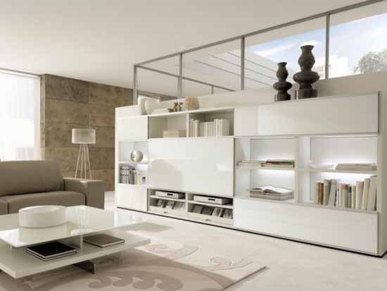 White-Lacquer-And-White-Lacquered-Glass-Wall-Combination-1