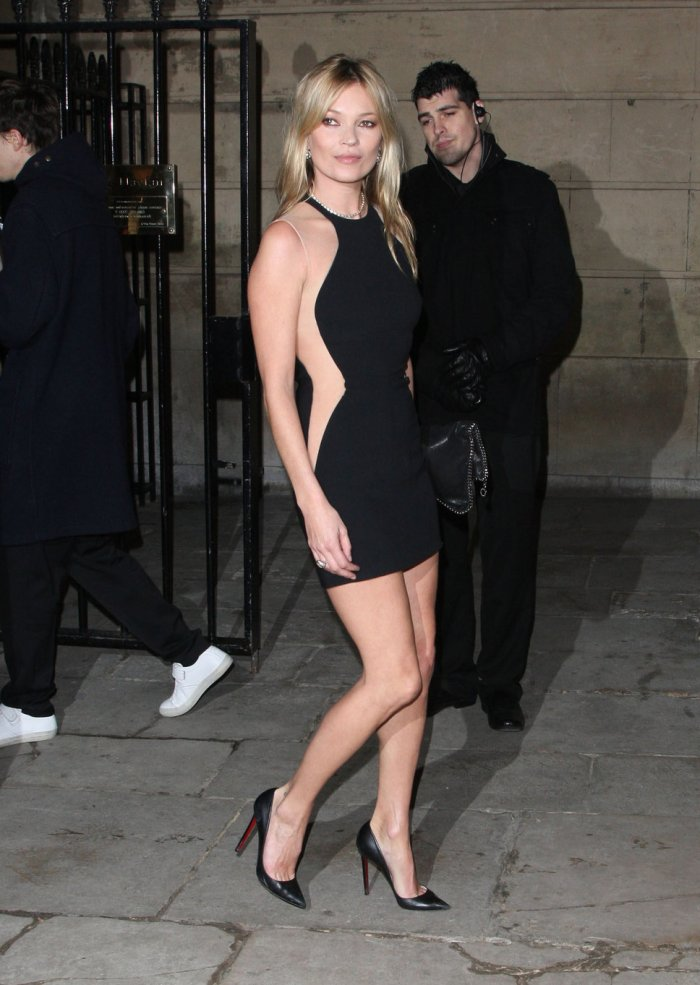 kate_moss_black_pointed_pumps
