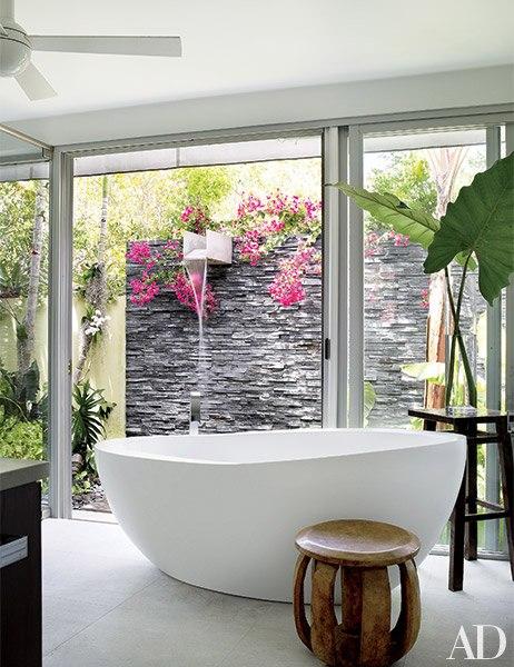 item12.rendition.slideshowVertical.shower-bathroom-inspiration-13-wm