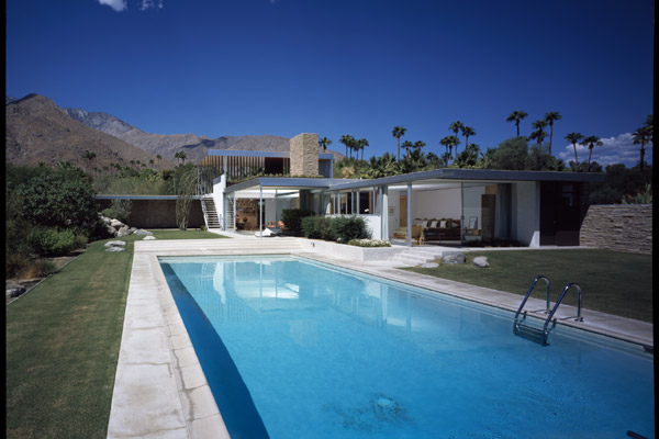 The-Kaufmann-House-Richard-Neutra-1