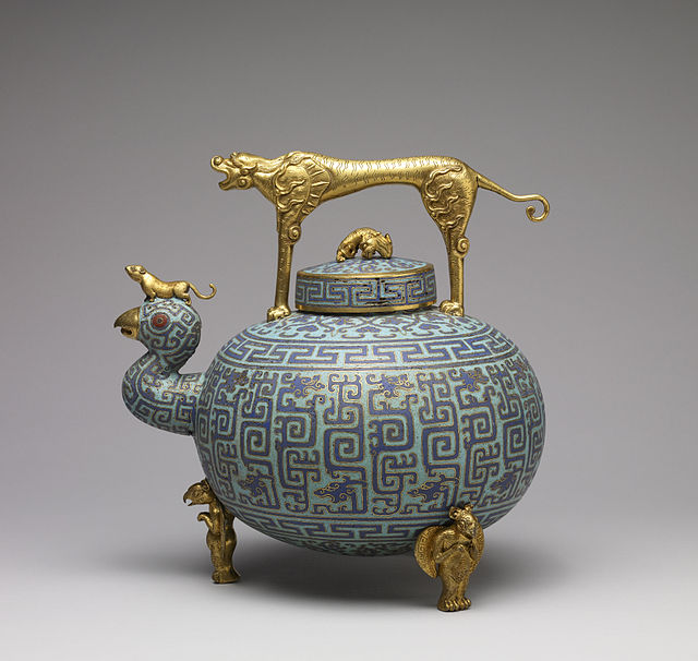 Chinese_-_Wine_Pot_-_Walters_44569_-_Side
