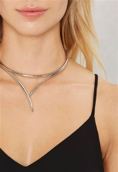 lfl-chokers-018-nastygal-today-160707_9ef7d8f4cd081a7ad3338a02641daa8a-today-inline-large